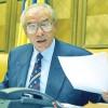 """Vacaroiu face """"partie"""" pentru schimbarile politice"""