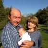Traian Basescu a implinit 62 de ani. Vezi cum a sarbatorit si ce i-au urat ceilalti politicieni! (FOTO)