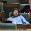 """Senatorul somnoros"" a comis-o a doua oara: ""Clipesc""!"