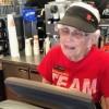 La 94 de ani, lucreaza inca la McDonalds