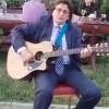 Timisorenii au un primar cu suflet de artist: Iata-l interpretand o piesa la chitara! (VIDEO)