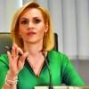 "Gabriela Firea se da ""smart"""