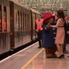 Moment haios. Ducesa Kate, dansand cu celebrul urs Paddington (VIDEO)