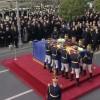 Funeralii Regele Mihai. Mii de oameni au asistat la slujba din Piata Palatului Regal