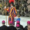 Papa Francisc, eclipsat de un pusti