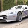 James Bond si-a tras masina electrica