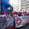 Sute de sindicalisti Sanitas, protest in poarta Ministerului Sanatatii