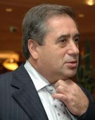 """Afaceristul Ioan Niculae si consulul Australiei, George Prelea, au """"ajutat"""" Romania sifonand banii in paradisul fiscal din Cipru!"""