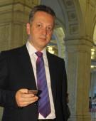 Relu Fenechiu, tun de jumatate de miliard de euro pe carca lui Mihai Razvan Ungureanu