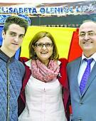 Ministrul Lipa isi cara moca familia la Rio!