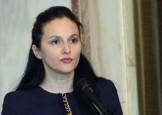 Alina Bica, un Basescu cu ruj pe buze