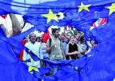 La 60 de ani, UE a ramas stirba