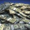 Cati bani sunt pe lume?