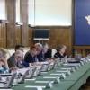 Mai multi ministri isi retrag demisiile