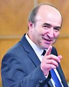 Ministrul Justitiei, sluga la trei stapani!