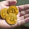 Bitcoin a trecut de 6000 de dolari!