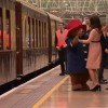 Moment haios. Ducesa Kate, dansand cu celebrul urs Paddington (VIDEO)