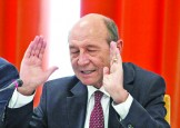 Basescu, presedintele paralel