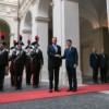 Iohannis, pas gresit la protocol (VIDEO)