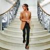 Victoria Beckham da tonul: Revine moda anilor '70