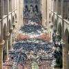 Franta cauta mestesugari pentru Notre Dame