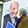 Nastase i-a aruncat cu cafea in fata lui Traian Basescu