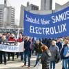 Tupeu de corporatist: Electrolux ii da in judecata pe grevisti