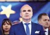 Lui Rares Bogdan ii surade suspendarea lui Iohannis