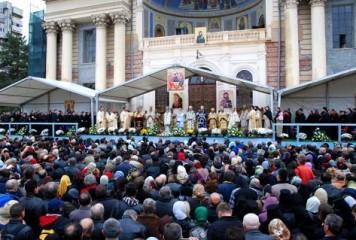 Zi de mare sărbătoare pentru ortodocși. Sfânta Cuvioasă Parascheva, prăznuită luni