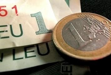 Nou nivel record al euro: 4,7834 lei
