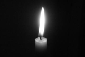 Încă 13 români confirmați cu COVID-19 au murit. Bilanțul deceselor a ajuns la 107