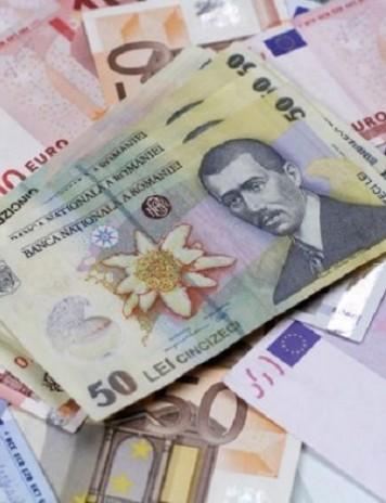 Nou nivel record pentru euro: 4,7729 lei