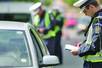 Telefonul folosit la volan: peste 320 de sancțiuni contravenționale în două zile