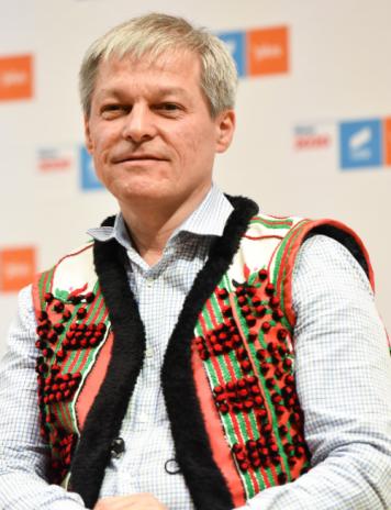 Alianță cu bocluc'. Cioloș s-ar mulțumi și cu guvernul, dacă Barna vrea la prezidențiale