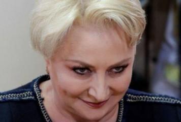 Dăncilă vrea să aducă normalitate și internauții îi râd în nas