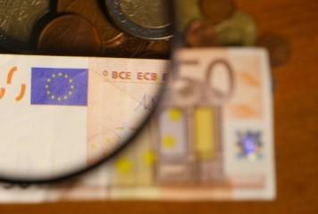 FMI consideră că euro nu-i îndeajuns de apreciat