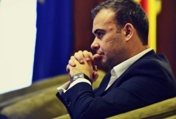 Darius Vâlcov – încă o condamnare: 20 000 de lei daune morale Forumului Germanilor