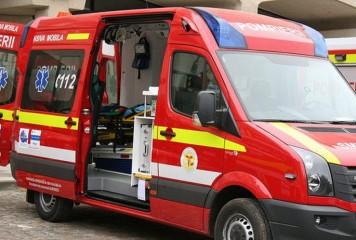 Accident mortalpe DN2: o masina s-a izbit de un TIR