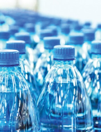 Adio apa plata! Parlamentarii USR vor sa bem doar apa de la robinet