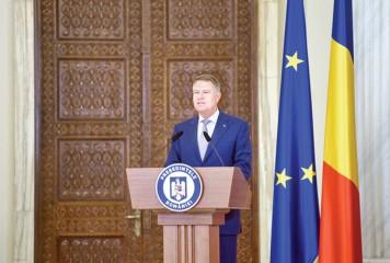 De ziua lui, Iohannis si-a facut Romania cadou