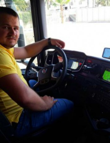 ITALIA: Un șofer român a salvat un tânăr de la moarte