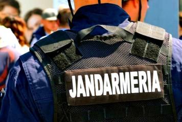 """""""Cariera"""" unui jandarm fals s-a terminat. A fost prins de un jandarm adevărat"""