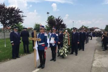 Poliţistul Cristian Amariei, înmormântat la Recaş (VIDEO)