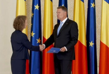 Simina Tanasescu, fata in fata cu Klaus Iohannis, de aceasta data in calitate de judecator CCR