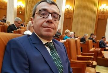 Trei ani cu suspendare pentru fostul ministru Mihai Voicu