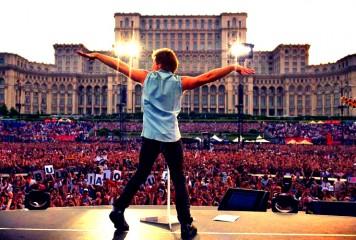 Bon Jovi roagă fanii români să-i ierte nereușita de la concert