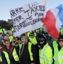 Franța îşi îngroapă cetățenii sub noi taxe
