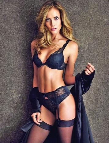 Horia Tecău se iubeşte cu un model brazilian