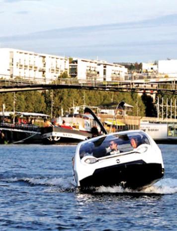 Taxiurile zburătoare, testate pe apele Senei