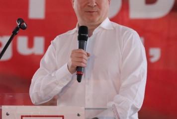"""Codrin Ștefănescu: """"Un val de panică i-a cuprins pe cei din penele"""""""
